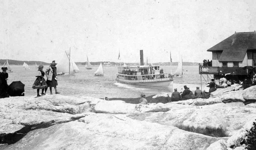 The steamer Islander at Squirrel Island Landing in 1901.