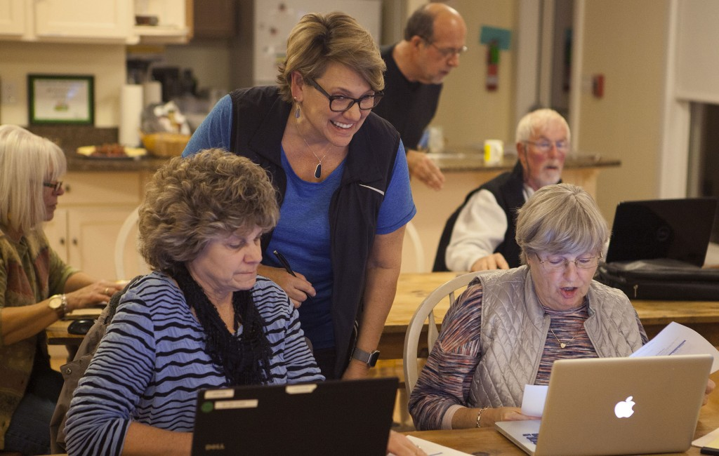 St. George residents and business owners take digital education workshop.