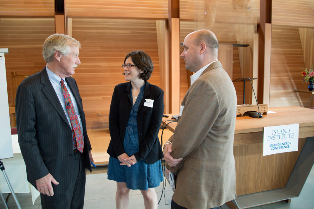 Senator King speaks with Suzanne MacDonald and Island Institute President Rob Snyder at the 2015 Island Energy Conference