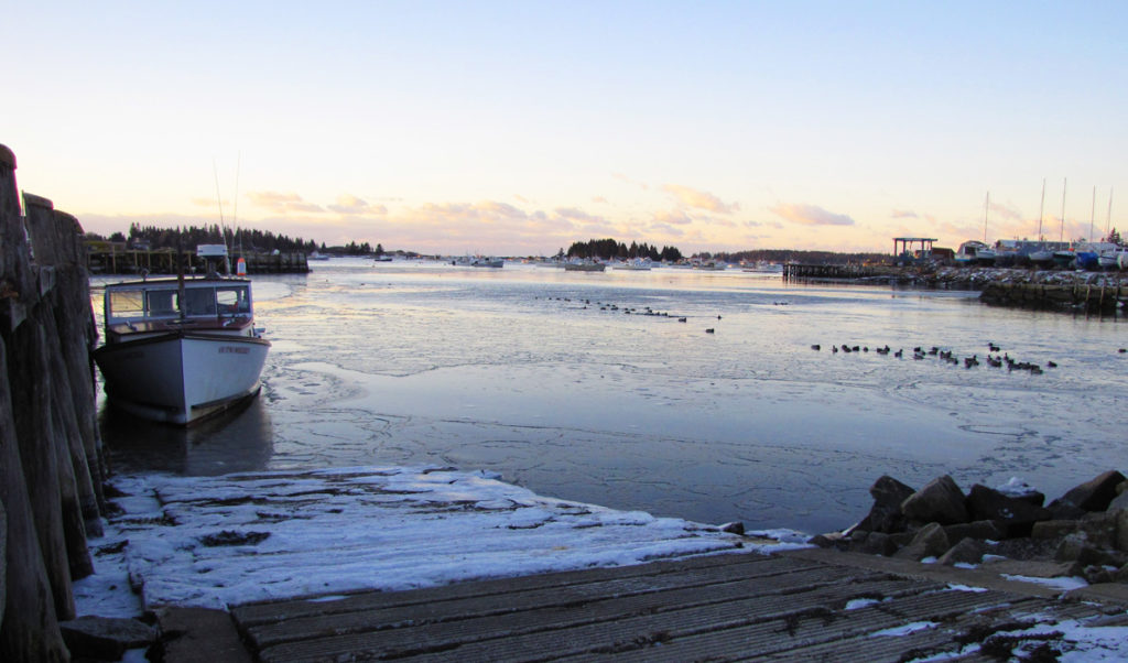 A winter day dawns on Vinalhaven.